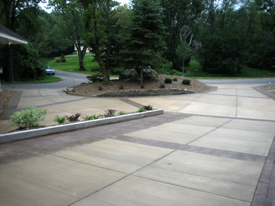 using borders on concrete driveway designs - Concrete Driveway Design Ideas